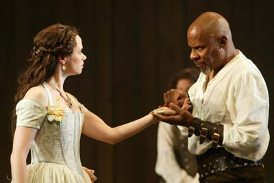 desdemona and othello relationship with