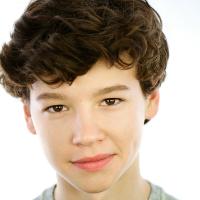 Young Prince Edward: Charlie Niccolini
